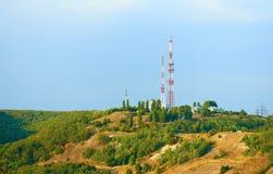 Telewizi wierza na górze wzgórza zdjęcia royalty free