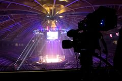 Telewizji transmisja od gym dla walczyć bez reguł M1 zdjęcie stock