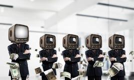 Telewizyjny nałóg ludzie biznesu zdjęcie stock