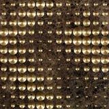 Telha de mármore luxuosa de Brown com pontos e os rebites de bronze fotos de stock royalty free