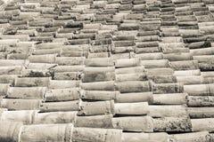 Telhado cerâmico Textured da telha do fundo do sepia da cor Fotografia de Stock Royalty Free