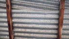 Telhado da madeira e do zinco Imagem de Stock Royalty Free