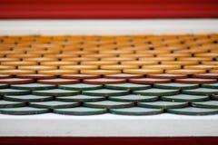 Telhado de telha tailandês Textura abstrata Sião d arquitetónico do fundo Foto de Stock Royalty Free