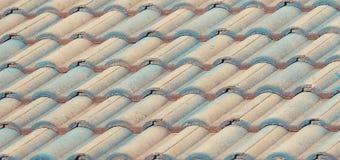 Telhado de telhas velho para fundos Fotografia de Stock