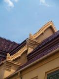 Telhado de Thawon Watthu Buding Fotos de Stock Royalty Free