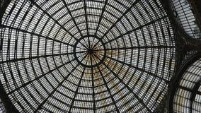 Telhado de vidro do world wide web da galeria Nápoles imagens de stock