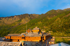 Telhado do ajuste da montanha do templo de Bhimakali Fotos de Stock Royalty Free