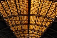 Telhado do estação de caminhos-de-ferro Imagem de Stock Royalty Free