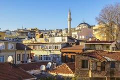 Telhado do fundo na cidade velha de Istambul Fotos de Stock Royalty Free