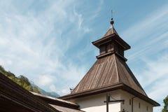 Telhado e torre velhos fotografia de stock royalty free