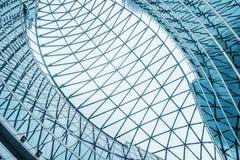 Telhado moderno da construção fotografia de stock royalty free