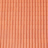 Telhado novo com azulejos Fotos de Stock Royalty Free