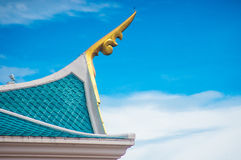 Telhado tailandês do estilo do templo Fotos de Stock Royalty Free