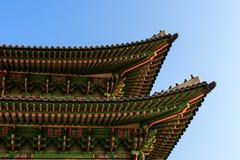 Telhado tradicional coreano Pal?cio de Gyeongbokgung Seoul, Coreia do Sul imagem de stock