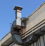 Telhado velho ventilado Fotografia de Stock