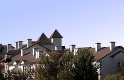 Telhados da casa de cidade foto de stock
