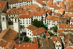 Telhados da cidade velha Kotor Fotos de Stock Royalty Free