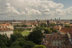 Telhados de pouca cidade, Praga Fotografia de Stock
