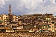 Telhados de Siena foto de stock