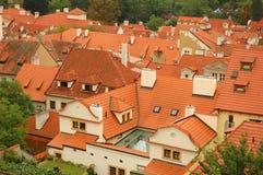 Telhados de telha vermelha de Praga Fotografia de Stock