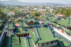 Telhados do templo famoso de Baohu Dimu imagem de stock