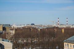 Telhados velhos no centro de Petersburgo Foto de Stock Royalty Free