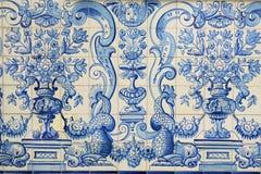 Telhas azuis históricas da porcelana oriental Ásia fotografia de stock