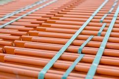 Telhas cerâmicas do telhado em uma pilha Foto de Stock Royalty Free