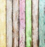 Telhas de madeira coloridas fundo de madeira pintado Fotografia de Stock Royalty Free
