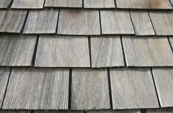 Telhas de madeira do telhado Fotografia de Stock