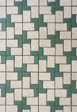 Telhas de mosaico verdes e brancas Fotografia de Stock