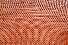Telhas de telhado alaranjadas Fotos de Stock