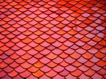 Telhas de telhado do templo tailandês Fotos de Stock