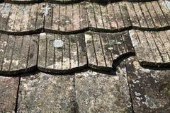 Telhas de telhado velhas Fotografia de Stock Royalty Free