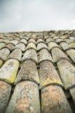 Telhas de telhado velhas Foto de Stock