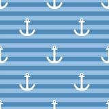 Telhe o teste padrão do vetor do marinheiro com a âncora branca no fundo das listras de azuis marinhos Imagens de Stock