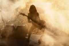 Telkens als ik metalcore muziekband sterf presteer in overleg bij de muziekfestival van het Download zware metaal stock fotografie