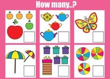 Tellend onderwijskinderenspel, jonge geitjesactiviteit Hoeveel objecten taak Stock Foto