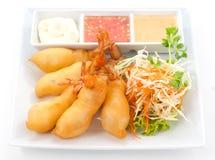 Teller der internationalen Küche in einem Restaurant Stockfotos