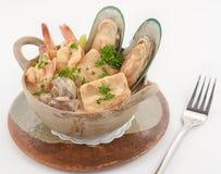 Teller der internationalen Küche in einem Restaurant Stockbild