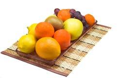 Teller mit Frucht Stockbild