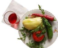 Teller mit Gemüse stockfotos