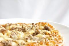 Teller von jambon Pizza Stockfotografie