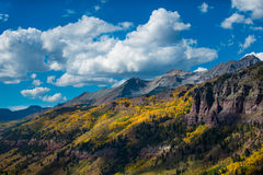 Telluridenedgången färgar det Colorado landskapet Royaltyfri Fotografi