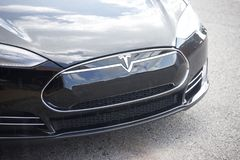 Telsa Automobilowy Elektryczny pojazd zdjęcia stock