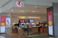 Магазин Австралия мобильного телефона Telstra Стоковые Изображения