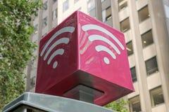 Telstra offre i dati liberi di Wi-Fi ai punti caldi dell'aria di Telstra attraverso l'Australia Immagini Stock