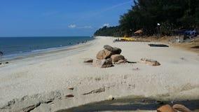 TELUK CHEMPEDAK海滩,关丹,彭亨,马来西亚 免版税库存照片