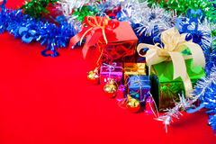 Tema da celebração com os presentes do Natal & do ano novo Foto de Stock Royalty Free