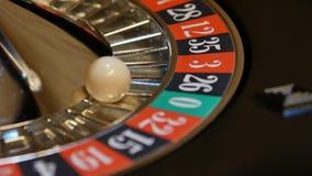 Tema del casino Imagen del alto contraste de la ruleta del casino almacen de video
